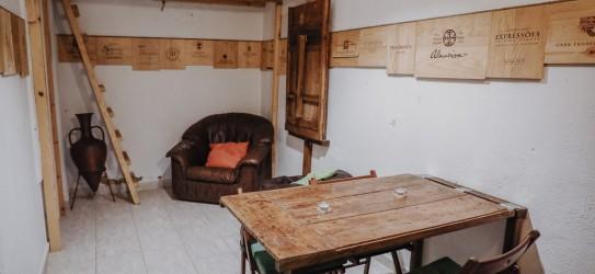 Wine Cellar Guesthouse - Martim Moniz